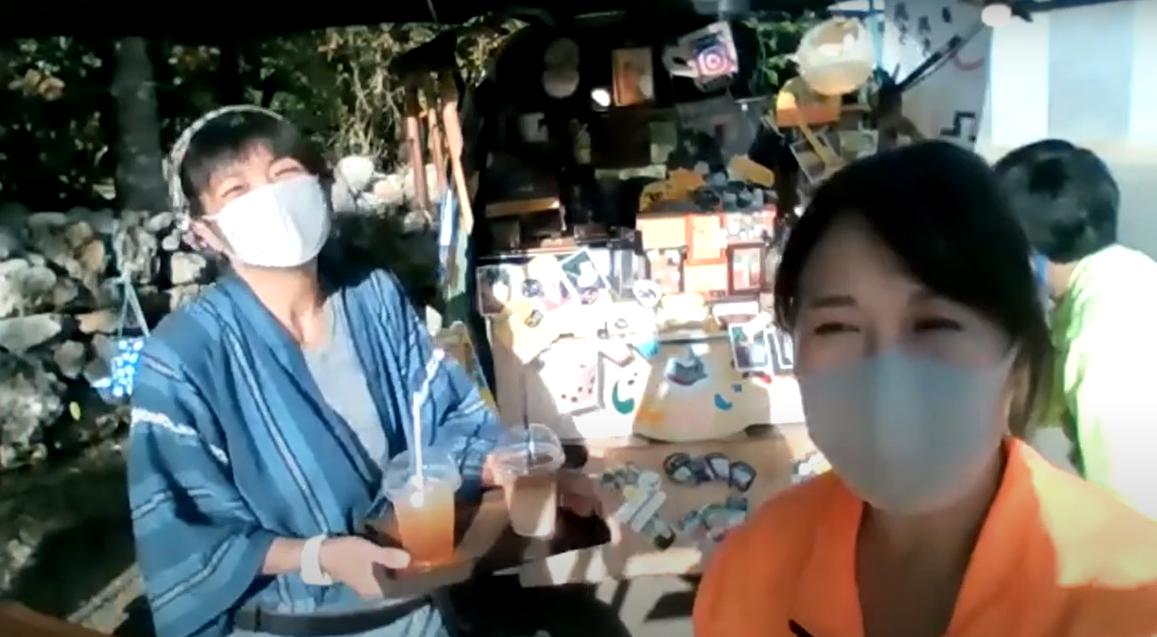 先輩移住者インタビュー:タッチューそびえる伊江島で、移住コーディネーターも旅行社も!柴田滋子さん[後編]